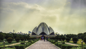 Lotus Temple Delhi: The Ever Blooming