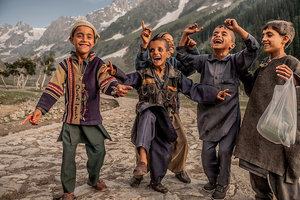 Beautiful Portraits of Children that Will Inspire You to Travel Slow