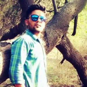 Bunny Rajput Travel Blogger