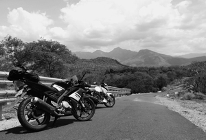 Munnar, Monsoon & Bike - Awesome Threesome