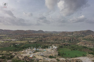 Hampi : Of stacked boulders, a river and a whole lot of history