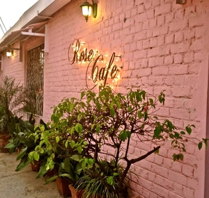 My favorite places to Eat in Delhi!