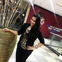 Gayatri Kamat Travel Blogger