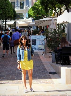 Eva Rana Travel Blogger