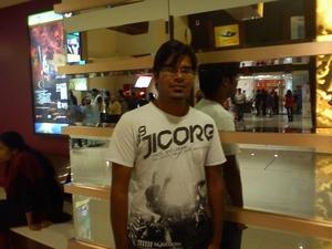 Prashant Chaudhari Travel Blogger