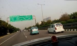 Greater Noida express way