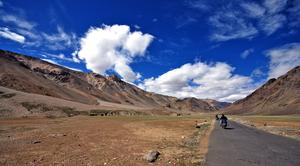 Motorcycling across Leh - Manali in 16 Days
