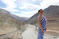 Akuti Ojah Travel Blogger