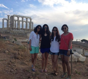 Chasing Sunsets Travel Blogger