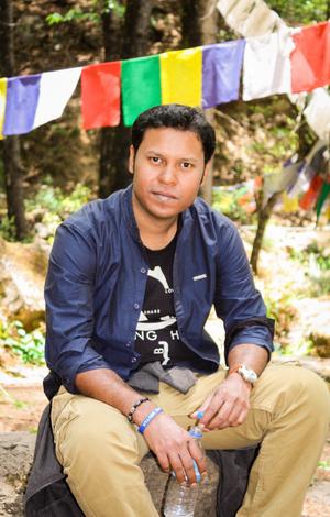 Abhishek Biswas Travel Blogger