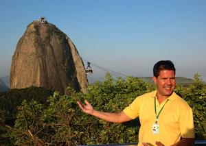 Manu Peclat Travel Blogger
