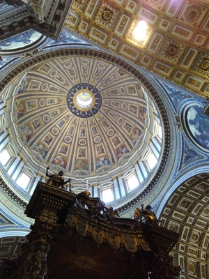 Inside the Best Church In World - St. Peter's Basilica