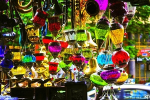 10 Must Visit Flea Markets in India Where You'll Find Awesome Stuff
