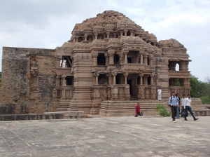Tallest fort of North India – Gwalior Fort