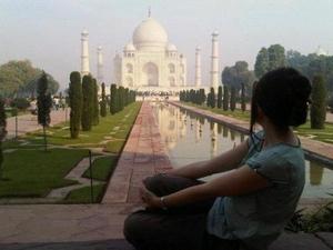 beatrice Travel Blogger