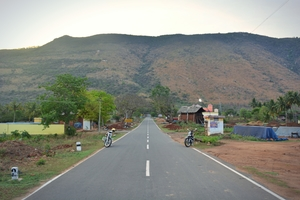A bike, a friend, a road – The Yelagiri ride.