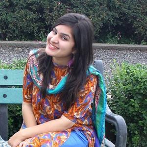 Hiba Shah Travel Blogger