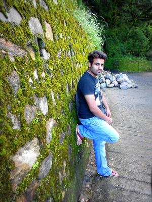 Mukkeysh Tanwar Travel Blogger