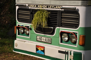 Travel by Bus in Sri Lanka… the challenge!