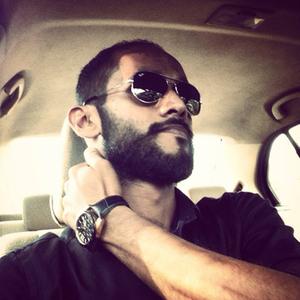 R Ash Raaz Travel Blogger