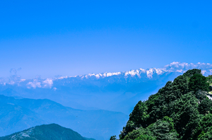 Hatu Peak: The highest summit in Shimla at 3400m/12000ft.