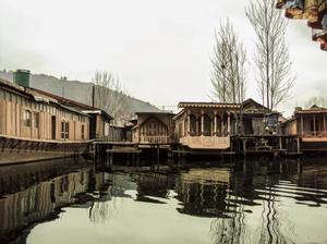 Srinagar – A mixed bag of emotions