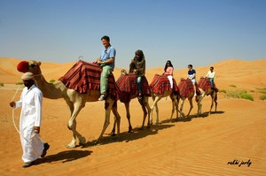 Dubai: 5 Ways to Explore Beyond the Malls and Hotels