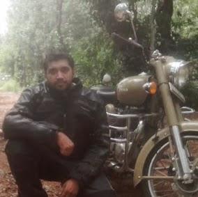 Rajneesh Travel Blogger