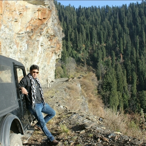kumaresh goswami Travel Blogger