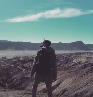 Should I travel alone? Reflections on my experience