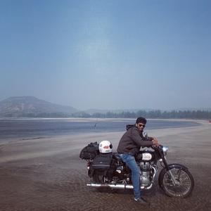 Hitesh Poojary Travel Blogger