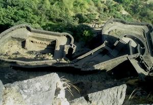 Monsoon Gateways: Lohgad – Visapur and Bhaje caves