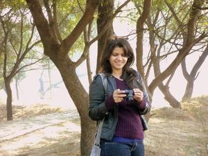 Girl o the move Travel Blogger