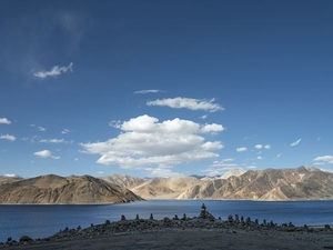 Things To Do At Pangong Lake – A Complete Travel Guide