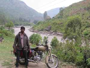 Salil Runda Travel Blogger
