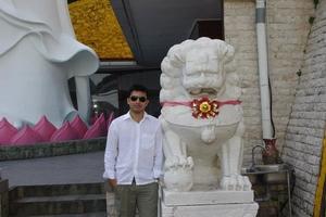 Nikhil Shet Travel Blogger
