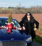 Cassandra Anderton Travel Blogger