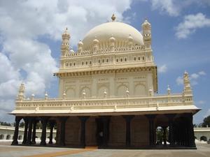 Mysore-Srirangapatna-Somnathpura trip from Bangalore