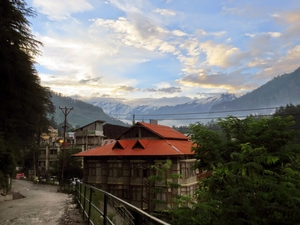 An evening in Manali