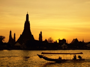 A Solo Traveler's Guide to Thailand