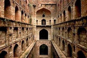 Things you should know about Agrasen ki Baoli