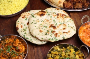 5 Places in Old Delhi to get Delicious Street Food