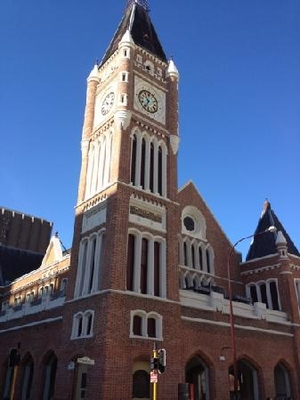 Urban Street Walking Tour: Perth