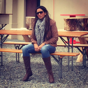 Ratna  Travel Blogger
