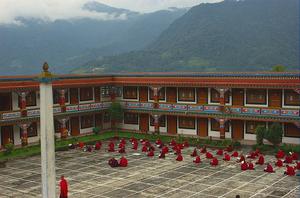 10 Reasons to Go to Sikkim before Switzerland