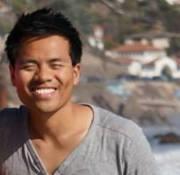 Viet Hoang Nguyen Travel Blogger