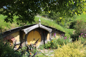 Middle Earth on Earth – Indie Travel to Hobbiton, New Zealand