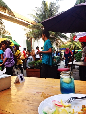 Slow Jakartan Travel Tale