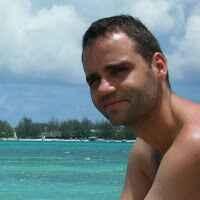 Damien Laval Travel Blogger