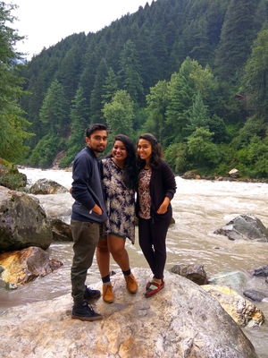 A walk to Kheerganga!